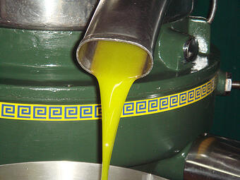 What Makes Extra Virgin Olive Oil So Healthy