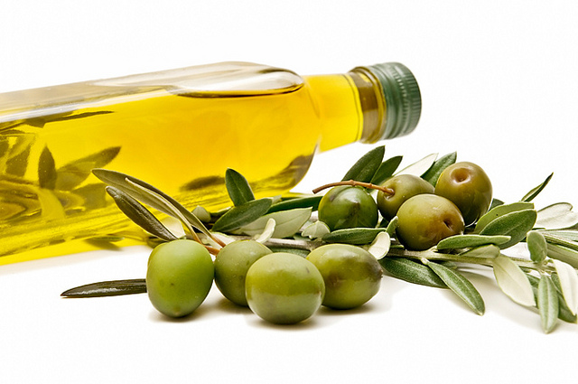 how is olive oil made